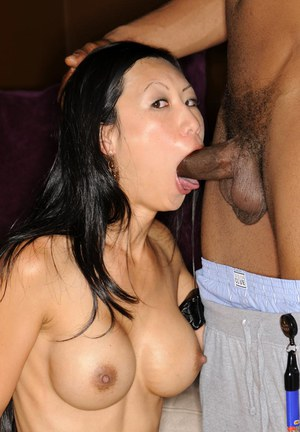 Huge Natural Tits Pictures and Big Boobs Gag Porn