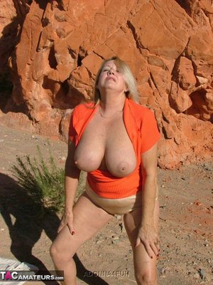 Huge Natural Tits Pictures and Big Boobs Painful Porn