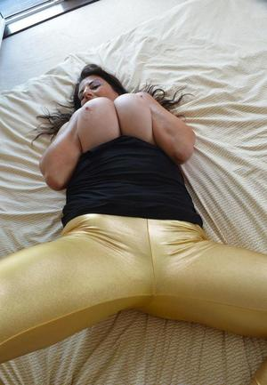 Huge Natural Tits Pictures and Big Boobs Spandex Porn