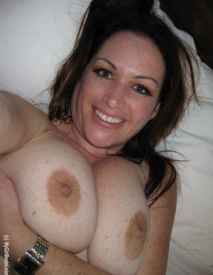 Huge Natural Tits Pictures and Big Boobs Self Porn