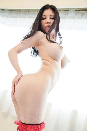 Huge Natural Tits Pictures and Big Boobs Asian Porn